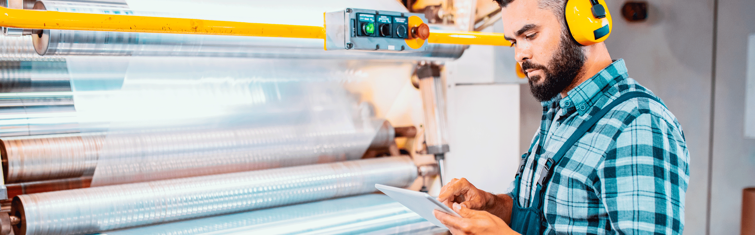 Managing production quality and efficiency